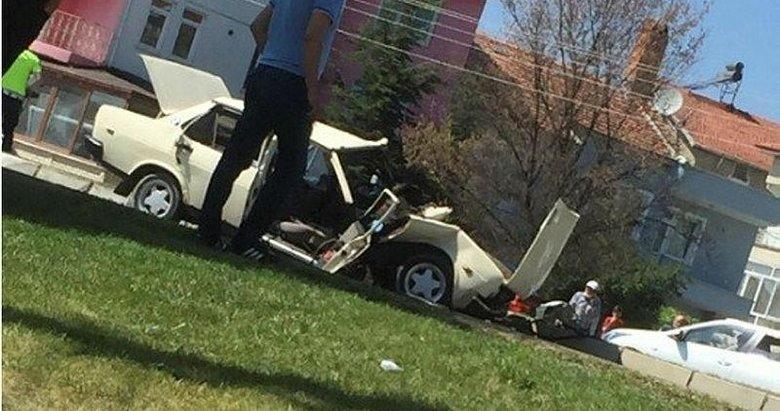 Kütahya'da TIR ile otomobil çarpıştı: 6 yaralı