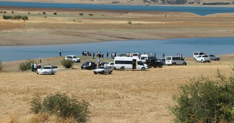 Diyarbakırda 4 kişi baraj gölünde boğuldu