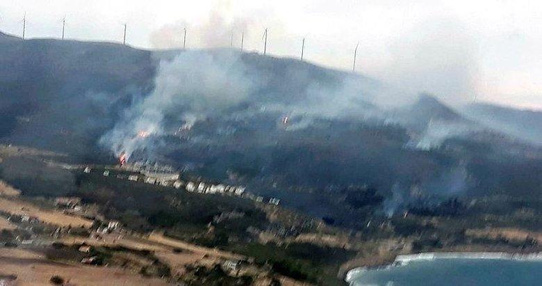 Karaburun'da otluk ve tarım arazisinde yangın