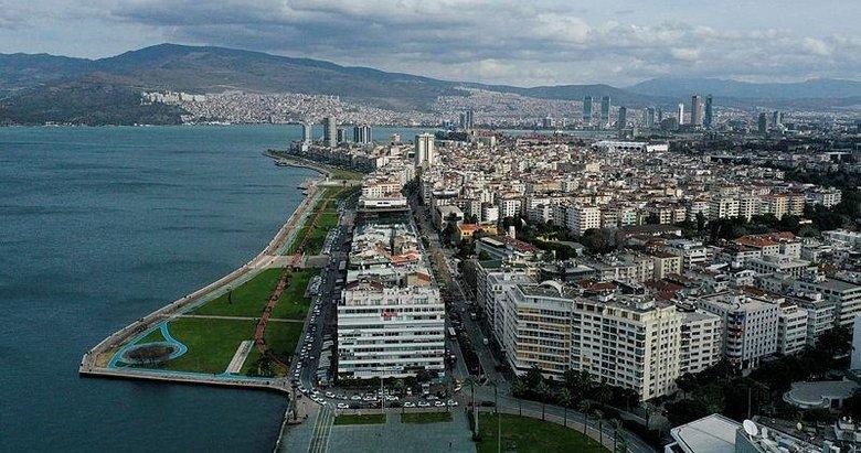 İzmir sallanıyor! Bir deprem daha...