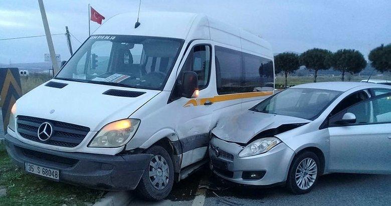 İzmir'de iki ayrı trafik kazası: 5 yaralı