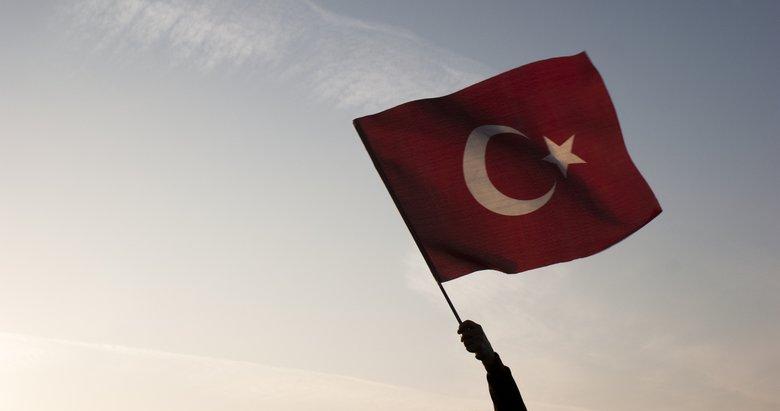 İzmir, 15 Temmuz'da demokrasi nöbetinde