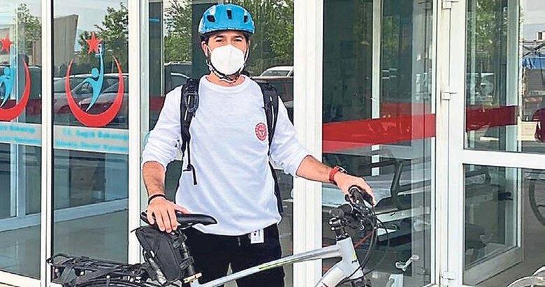 Bisikletli doktora yol verin