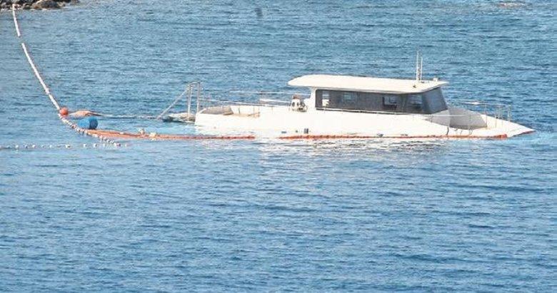Batan teknedeki üç kişiyi ekipler çıkardı