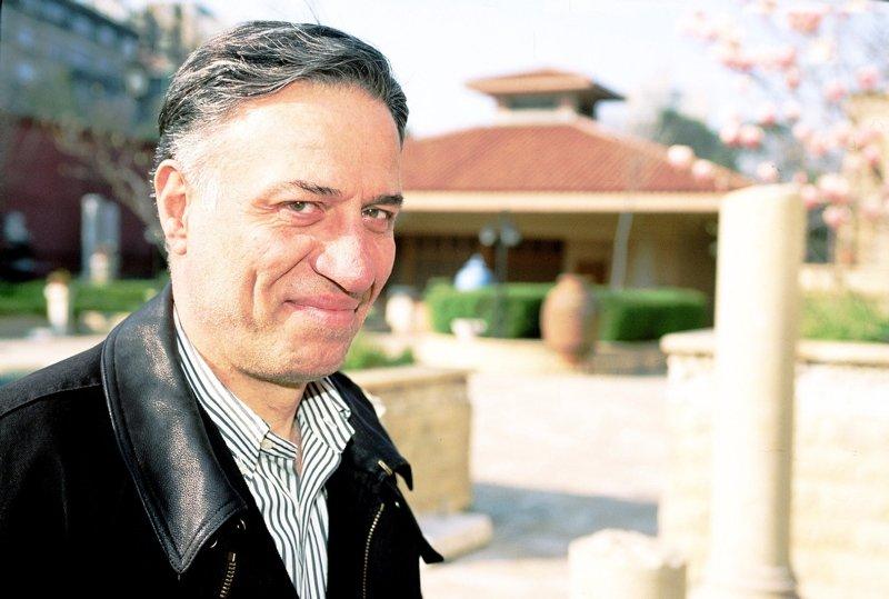 Kemal Sunal doğum gününde anılıyor! İşte Kemal Sunal'ın merak edilen hayat hikayesi...