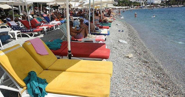 Bodrum'da halk plajında şezlongdan ücret talebi iddiası