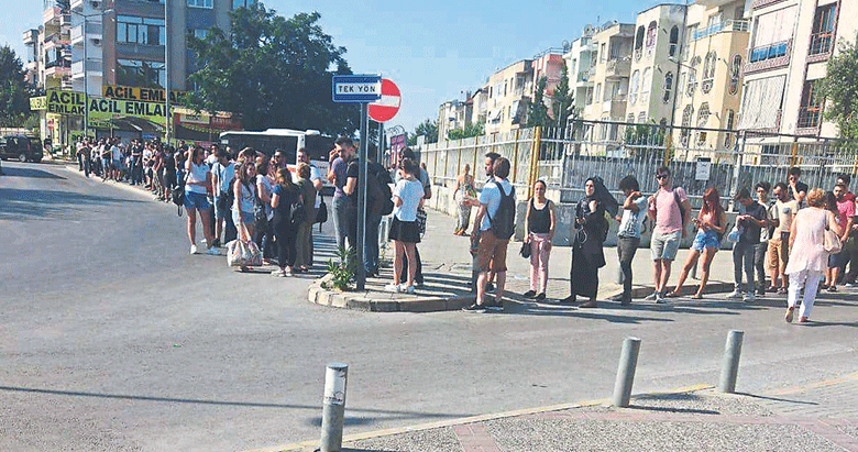 ESHOT'tan üniversiteli gençlere yaz işkencesi