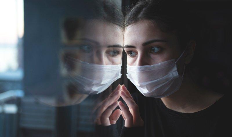 Kovid - 19 belirtileri farklılık gösteriyor! Virüsün yeni semptomları neler?