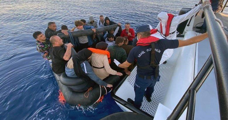 Ege Denizi'nde 57 düzensiz göçmen kurtarıldı