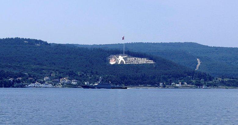 Rus savaş gemisi 'Veliky Ustyug' Çanakkale Boğazı'ndan geçti