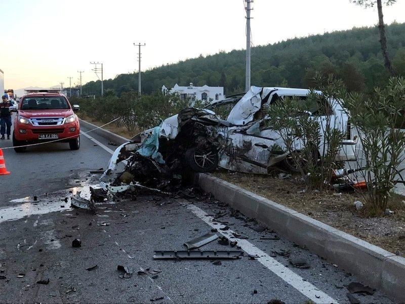 Bodrumda feci kaza: 2 ölü, 23 yaralı