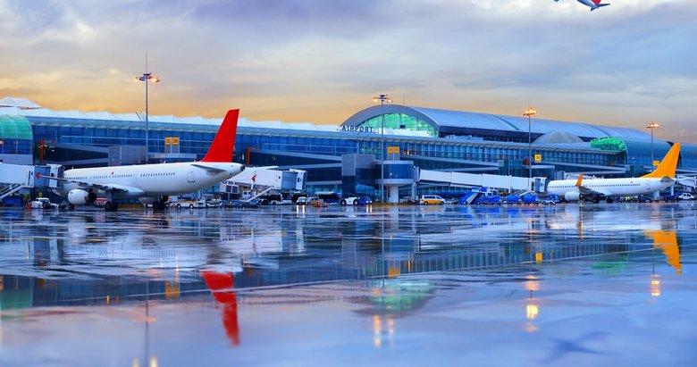 İstanbul-Bodrum uçağı İzmir'e iniş yaptı