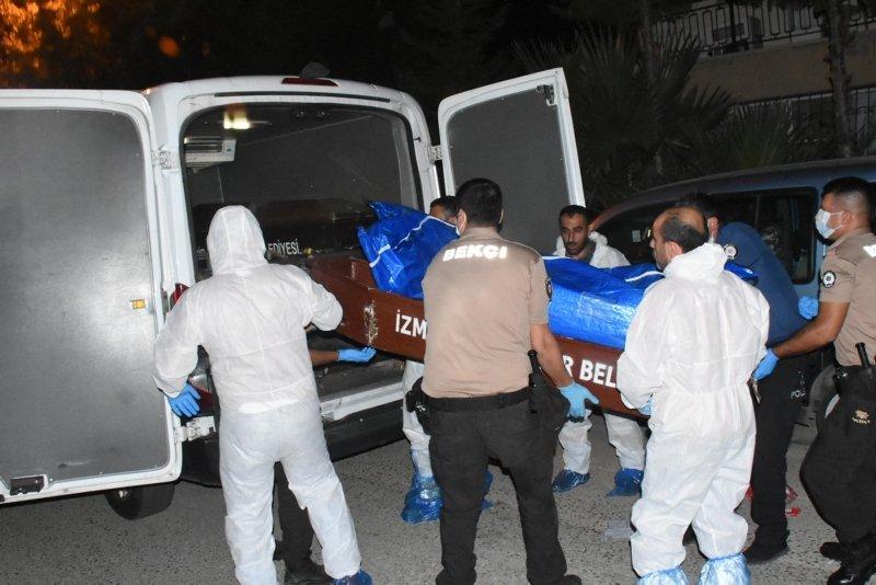 İzmir Gaziemir'de korkunç olay! Daireden kötü kokular gelince ortaya çıktı