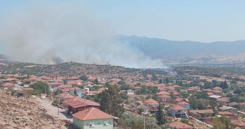 Son dakika: İzmir'de makilik alanda yangın çıktı