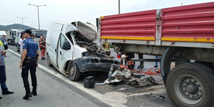 4 aracın karıştığı zincirleme kazada, Mehmet Halit Kızıltoprak (37), hayatını kaybetti. ile ilgili görsel sonucu