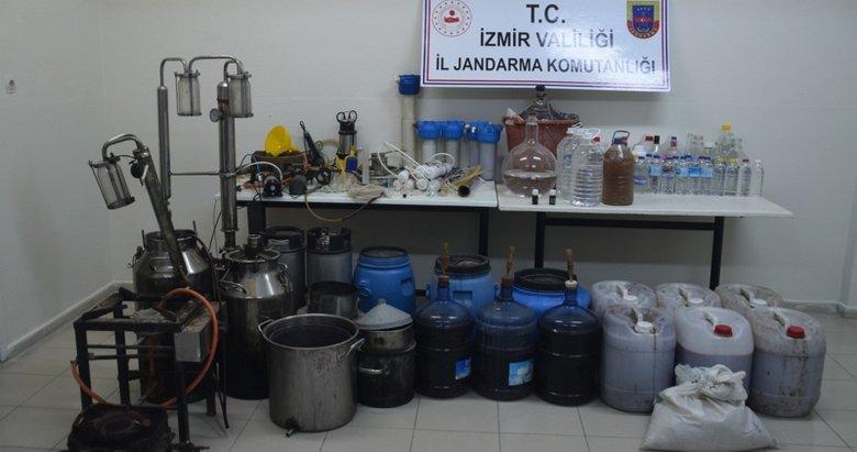 İzmir'de sahte içki üretim deposuna baskın!