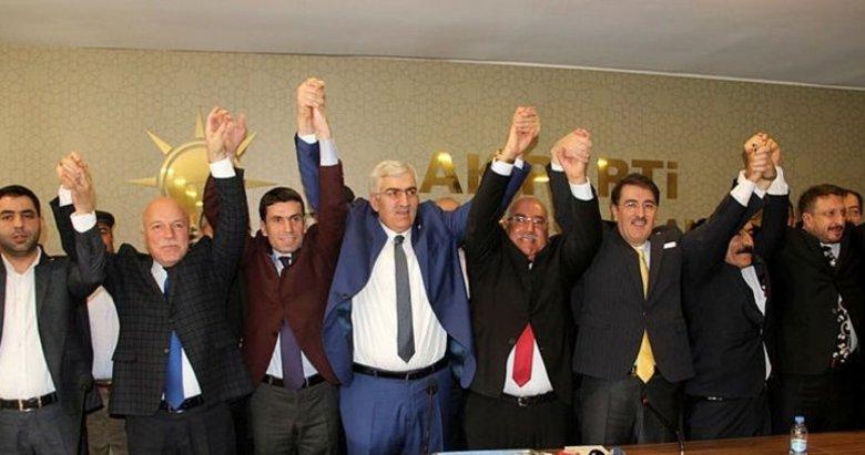 İyi Parti'de istifa şoku! 450 kişi AK Parti'ye geçti