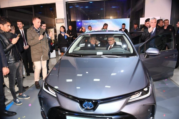 Yeni Toyota Corolla resmen tanıtıldı! Toyota Corolla 100'den fazla ülkeye Türkiye'den ihraç edilecek
