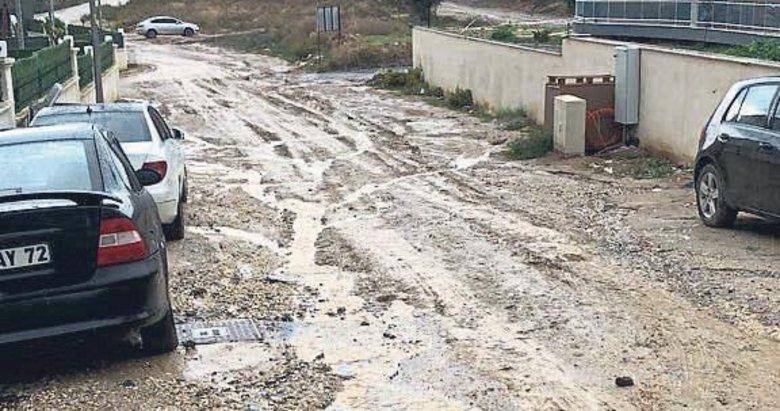 Aydın'ın turizmi çamura bulandı