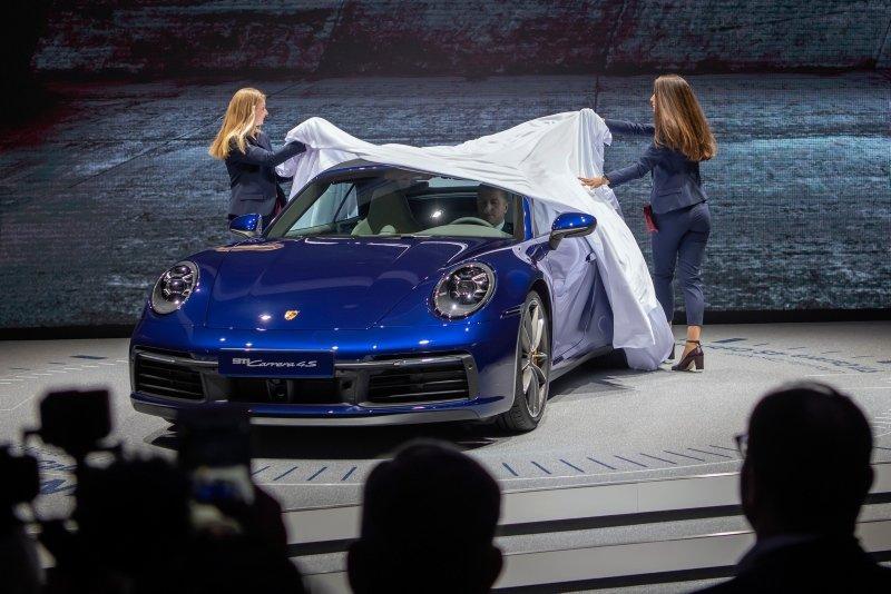 Bu otomobiller büyüledi! İşte 2019 Cenevre Otomobil Fuarından görüntüler