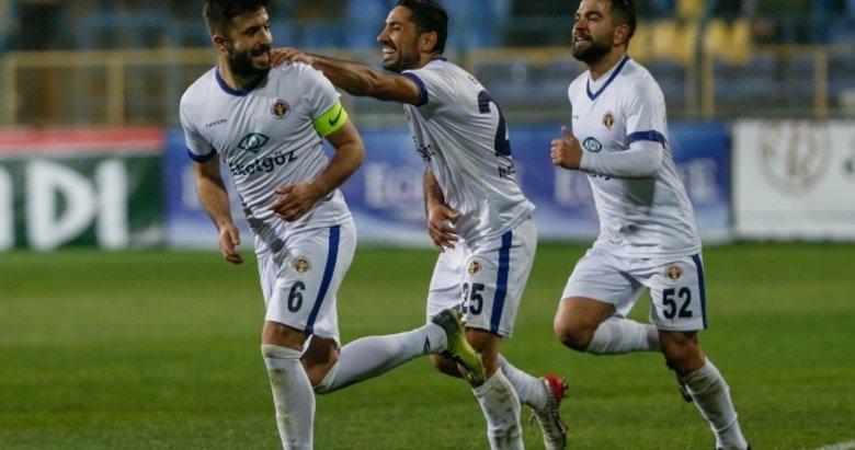 Menemensporlu Taşkın Çalış'a Süper Lig'den teklif yağıyor
