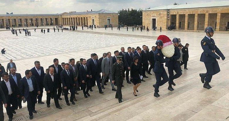 İzmirli Cumhur İttifakı belediye başkanlarından Anıtkabir'e ziyaret