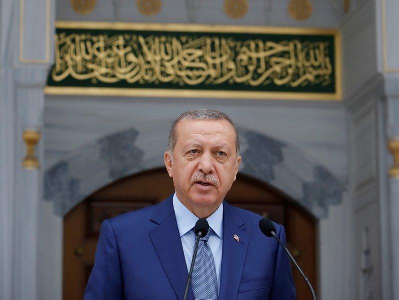 Seçim manifestosu: Erdoğan açıklayacak uymayan gidecek