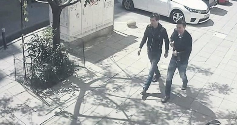 İthal hırsızlar 6 evi soydu