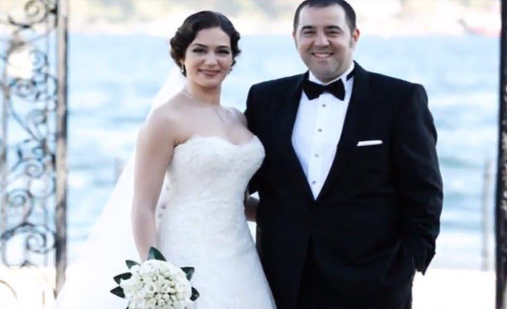 Zemheri'nin Firuze'si Ayça Ayşin Turan eski sevgilisi ile şok etti