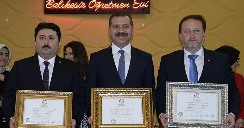 Balıkesir'de AK Parti'li başkanlar mazbatalarını aldı