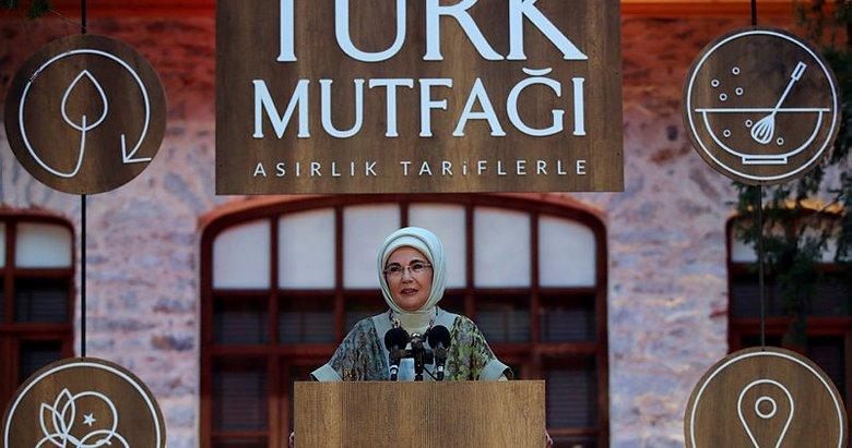 Asırlık Tariflerle Türk Mutfağı kitabı