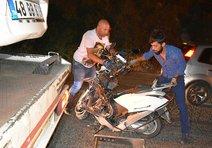 Otomobille çarpışan motosikletli öldü