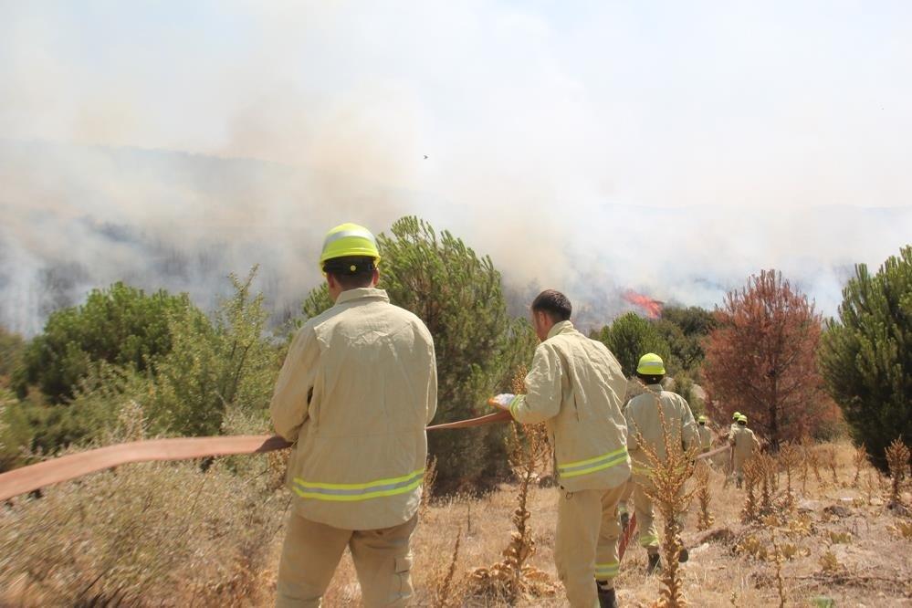 Kula'daki orman yangını kontrol altına alındı