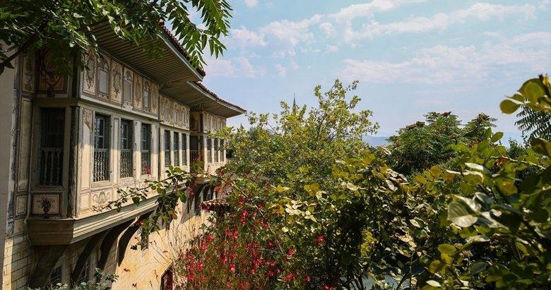İzmirin 3 bin yıllık tarihi semti: Birgi mahallesi