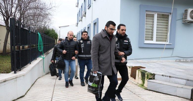 Balıkesir merkezli FETÖ operasyonunda yakalanan 24 şüpheli adliyeye sevk edildi