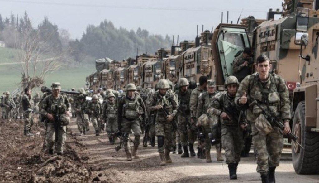 'Barış Pınarı Harekatı' başladı! YPG duman oldu...