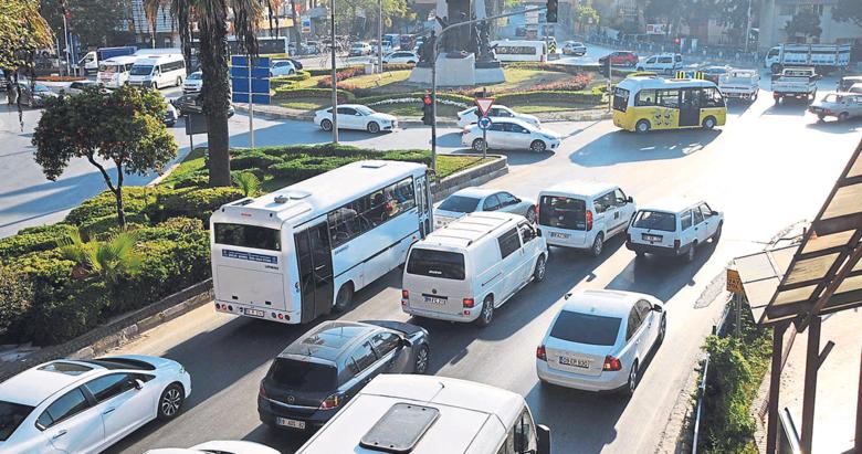 Efeler'in trafik ışıkları değişti