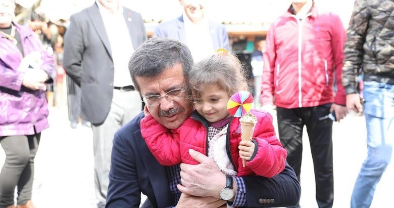 Nihat Zeybekci: Dertler bitecek