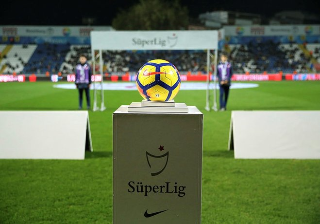 Süper Lig'de oynayan FETÖ listesinde 3 ünlü futbolcu!