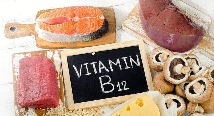 B12 eksikliğinin belirtileri nelerdir? B12 hangi besinlerde bulunur?