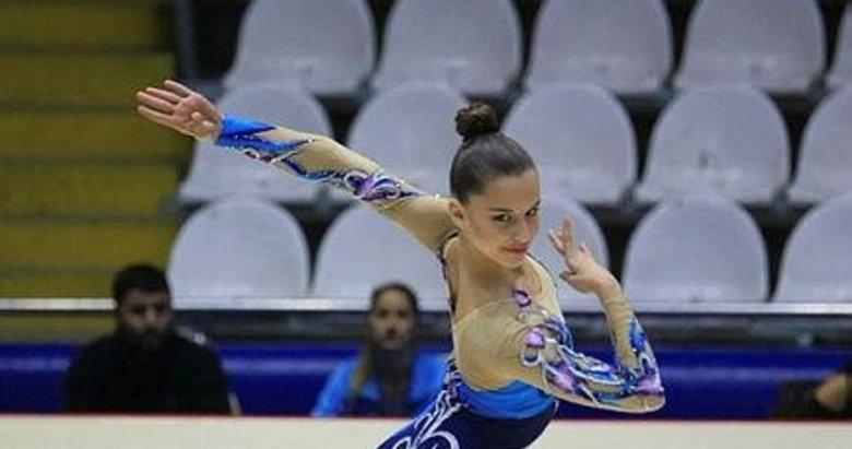 İzmirli cimnastikçi Burçak'a çifte kupa