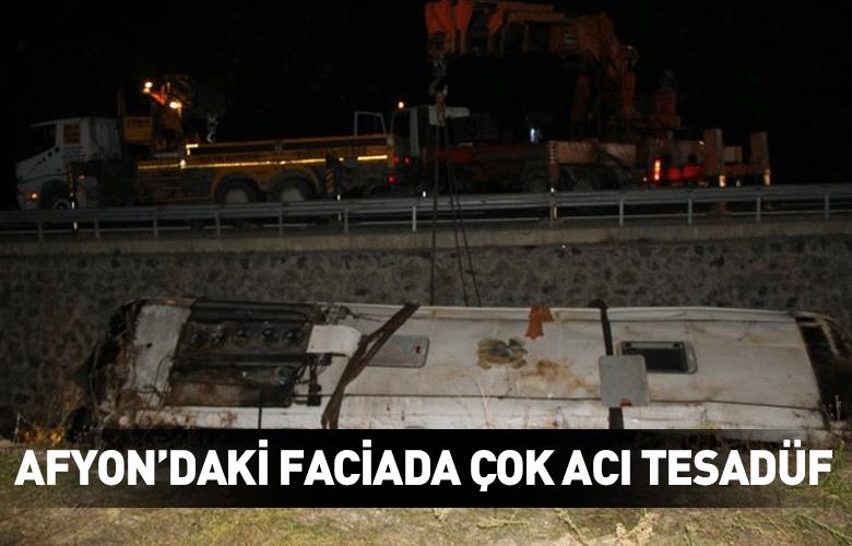 Kaza, sabaha karşı, Afyonkarahisar- Antalya yolunda meydana geldi. Antalyadan Eskişehire giden Deniz Gökçenin kullandığı Kamil Koç firmasına ait 07 ZY 555...
