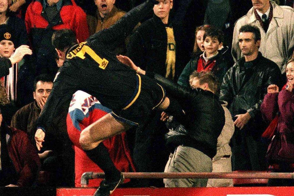 Galatasaraylı futbolcular kavga etti (Futbolda yaşanan unutulmaz kavgalar)