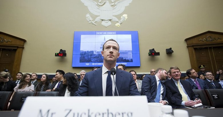 Mark Zuckerberg takımını giydi her şey için özür diledi