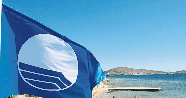 Ege sahillerinde 217 mavi bayrak dalgalanıyor