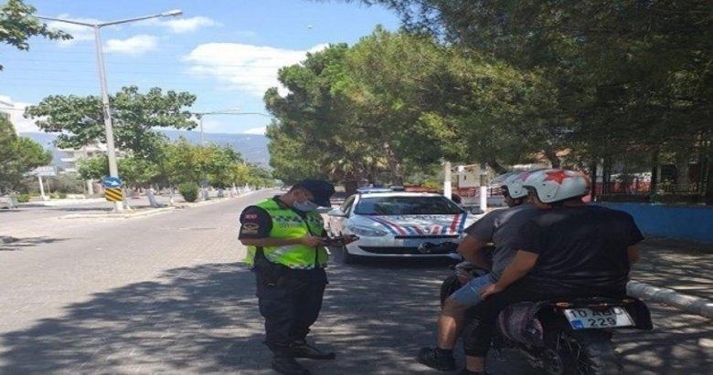 Balıkesir'de jandarma aranan 87 kişiyi yakaladı