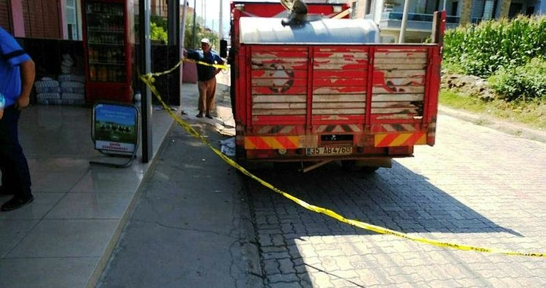 Süt toplama kamyonunun altında kalan kişi öldü