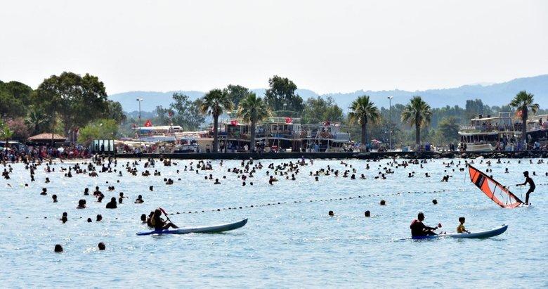 'Sakin Şehir Akyaka'nın nüfusu bayramda 20 kat arttı