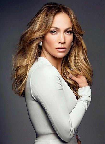 Jennifer Lopez herkesi şok etti!