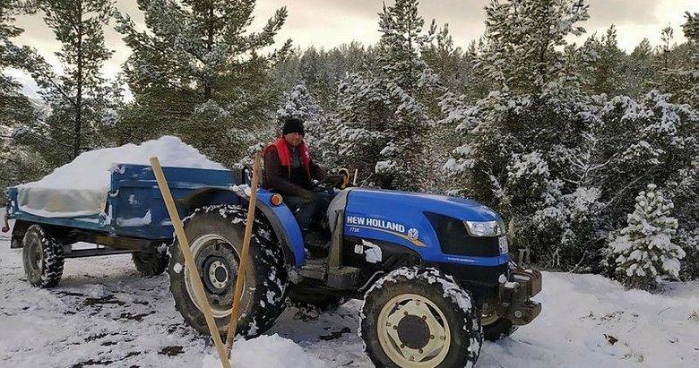 Karları toplayıp kuyuya gömdüler! Köylülerden ilginç yöntem